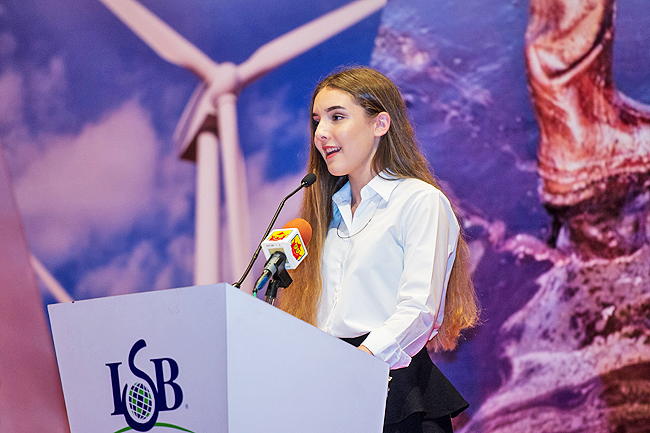 Clea Pariseau, Secretary General for the 13th International School Brunei (ISB) Borneo Global Issues Conference speaking during the students' address. - PHOTOS: AZROL AZMI
