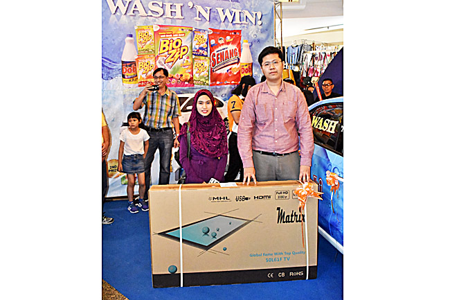 The 'Wash N Win Lucky Draw' features fabulous prizes such as TV, iPad and fridges