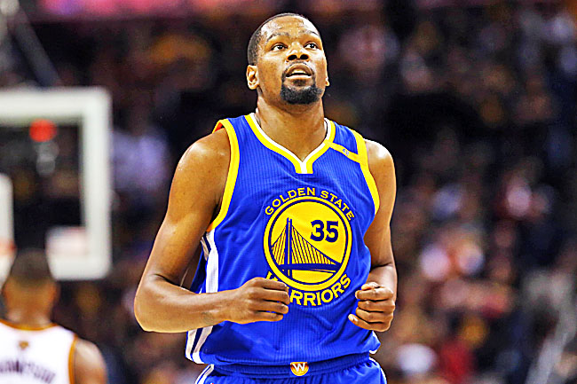 Warriors tune out 16-0 talk, focus on Cavs