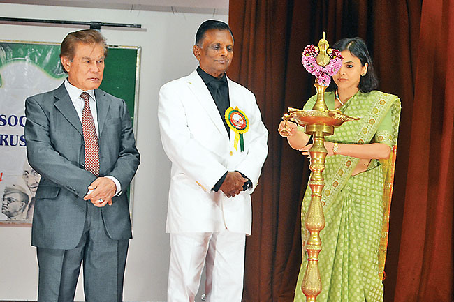 Indian High Commissioner to Brunei Darussalam Nagma M Mallick lighting a lamp. - PHOTOS: FIZAH HAB