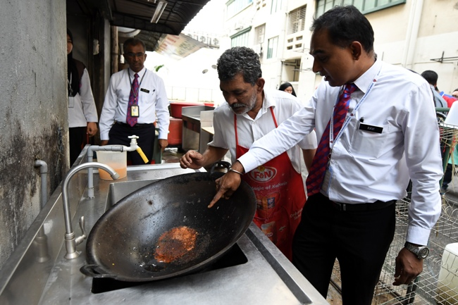 unhygienic eateries Another banana leaf rice restaurant gets shut down for being unhygienic there are two more restaurants 0  raju's restaurant got the whip for failing the.