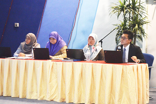 Talk explains new public rulings on income tax
