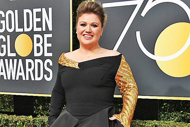 Kelly Clarkson Defends Spanking Her Kids: 'I Find Nothing Wrong With Spanking'