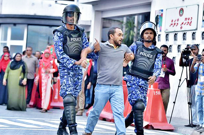 Maldivian President ends 45-day state of emergency