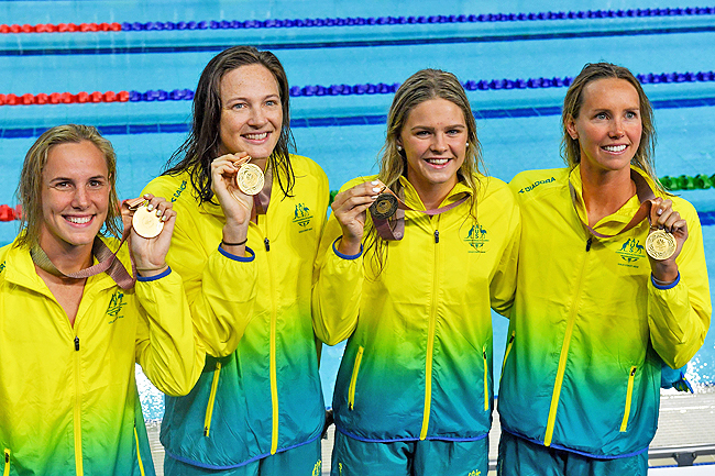 Mack Horton claims Australia's first gold at Commonwealth Games