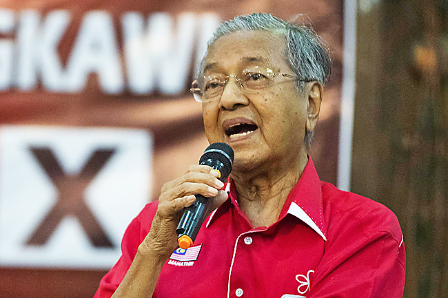 Tun M investigated for 'fake news