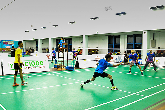 Shuttlers compete at badminton tourney