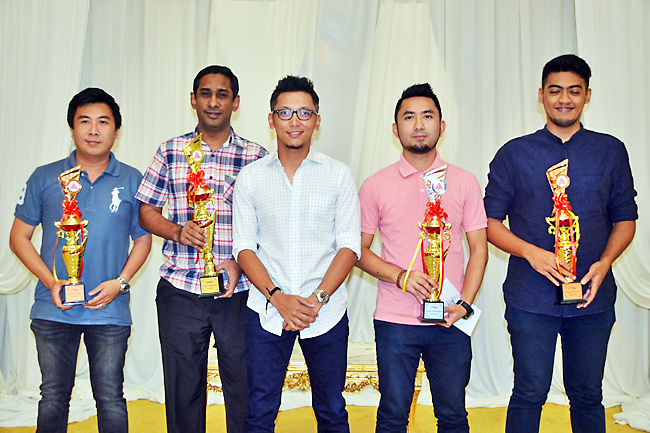 Winners of 1st BCSA National Tournament 2018 receive prizes