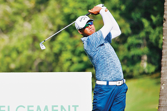 Tawit seizes three-shot lead in BHC Brunei Championships