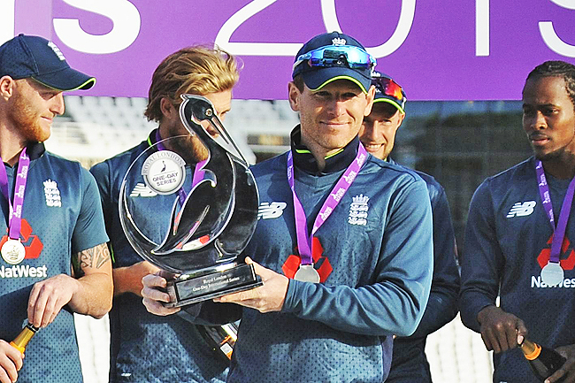 6dd998ced35 England captain Eoin Morgan poses with the trophy after the team won the  one-day international series against Pakistan. – AP