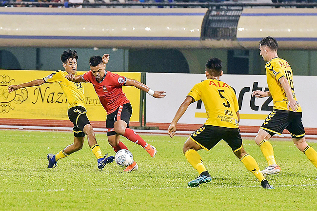 Champions DPMM FC fall to Tampines in first home loss of season (2019)