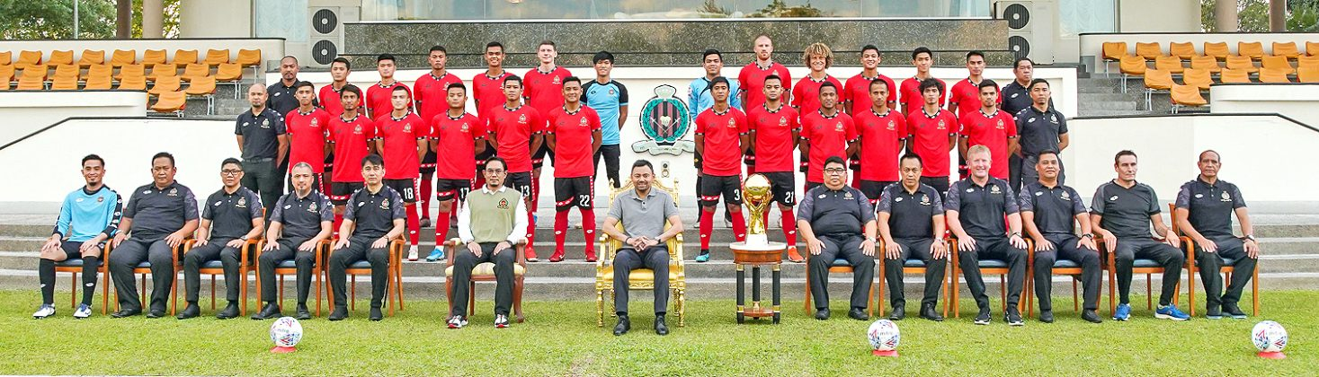 Crown Prince joins Singapore league title winners DPMM FC for group photo (2019)